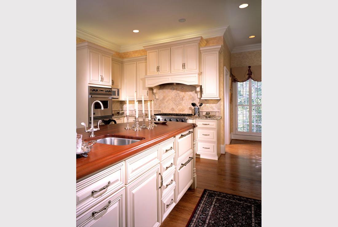 Buckhead Kitchen - CSI Kitchen & Bath Studio