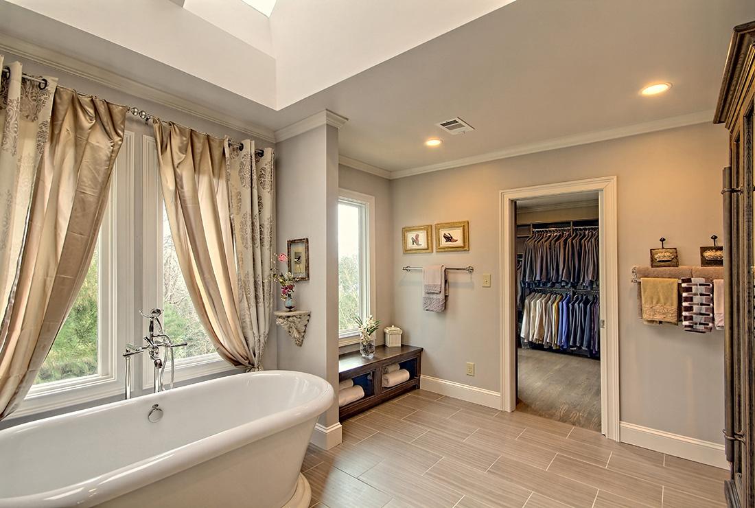 Elgant Rutt Bath