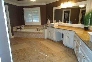 horseshoe-bend-master-bath-csi-kitchen-and-bath-b-01-300x202
