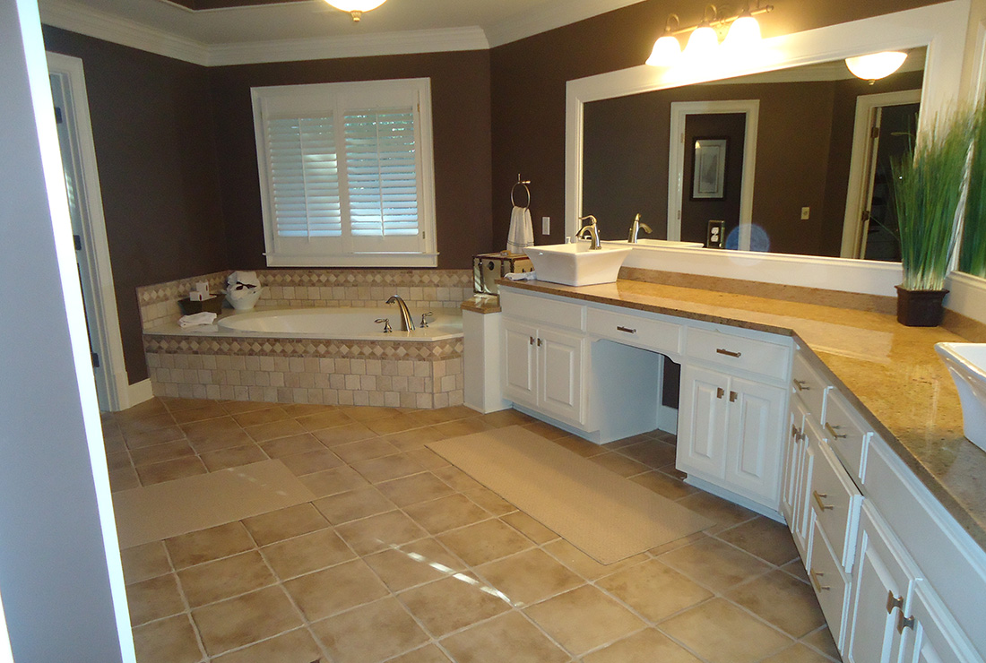 Roswell home master bath remodel csi kitchen and bath b 01 for Master bath remodel 2016