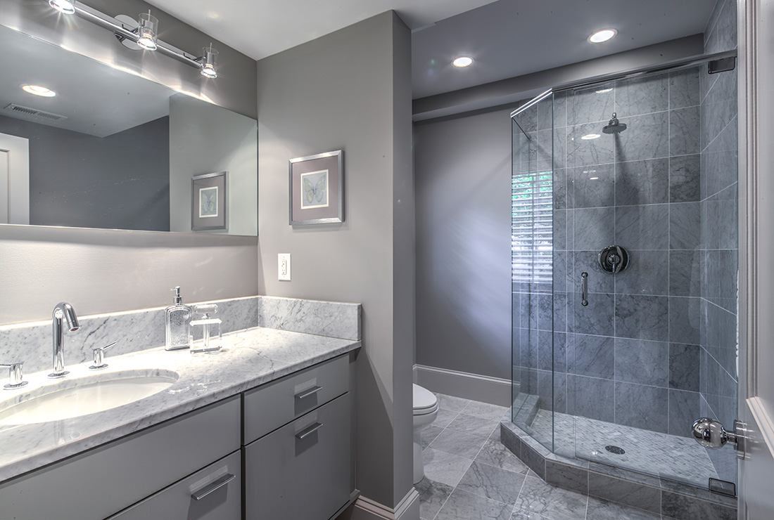 Modern Master Bath - CSI Kitchen and Bath Studio