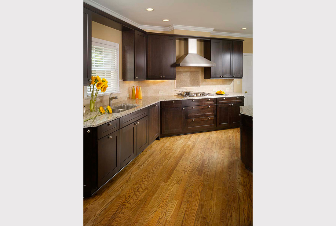 Kitchen Remodeling - Chocolate Shaker Style Kitchen